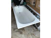 White Enamelled Cast Iron Bathtub