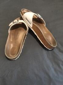 Sandles size 6