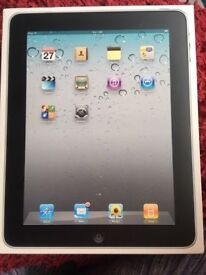 Apple iPad 1st Generation 16GB, Wi-Fi, 9.7in - Black/silver