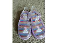 Peppa Pig JELLY shoes - Girls size 9