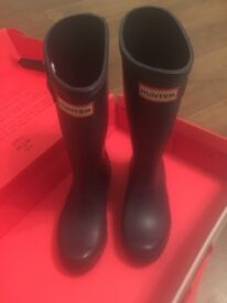 Immaculate Hunter Kids Wellies with box size 13 kids ideal Xmas gift