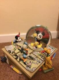 Mickey Mouse Comic Strip Disney Musical Snowglobe