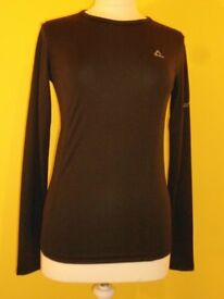 Ladies Dare2b Climatise Long Sleeved Jersey. Black. Size 10