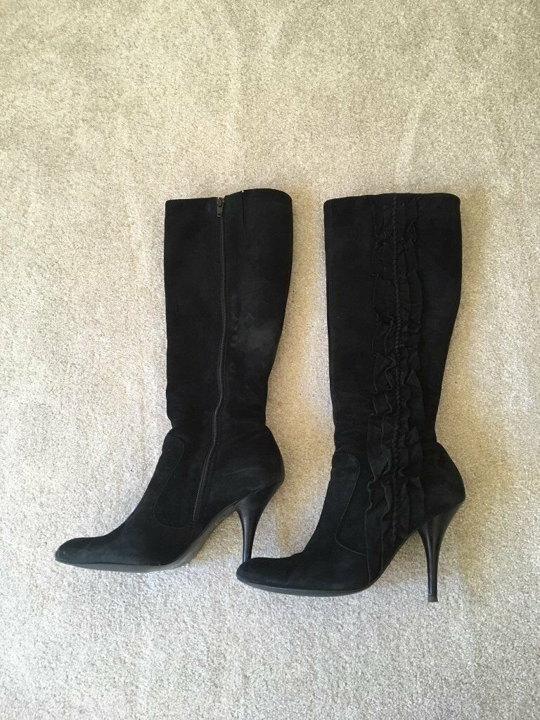 Dune knee high suede boots size 7 with ruffle