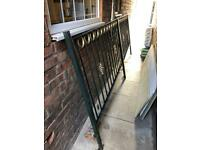 Metal fence/Rail