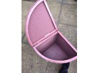Lloyd Loom wicker laundry basket with glass top