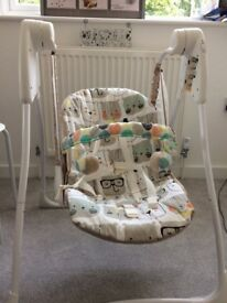 Baby swing for sale. Good condition and clean ready for use. No batteries.