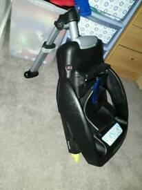 Easy fix isofix base for cabriofix