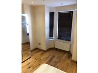 DOUBLE ROOM IN WOOD GREEN ALL INC £575 PCM