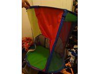 Kids pop up play/sun tent