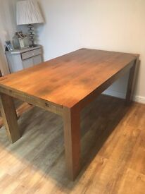 Next Hartford extendable dining table