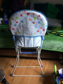Kids highchair! Very good condition! Free delivery in Richmond area!