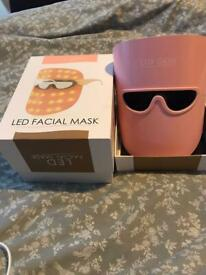 Lux LED face mask