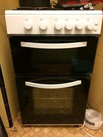 Used one year old white Logik gas cooker