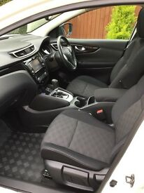 2014 Qashqai 1.6 dci scents premium cvt 10700 miles excellent condition