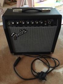 Fender Frontman 15R amp