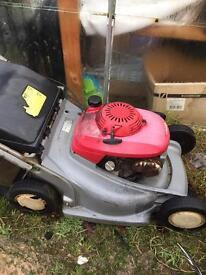 Honda HRB 476 lawnmower self propelled