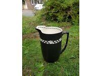Crown feilding water jug