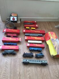 00 gauge Electric train set , track engines carriages complete set 1960's triang vintage