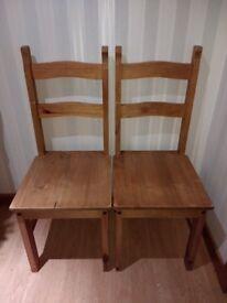 4 x Corona Dining Chairs / Kitchen