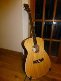 Excellent condition, Solid Spruce top, James Neligan acoustic guitar