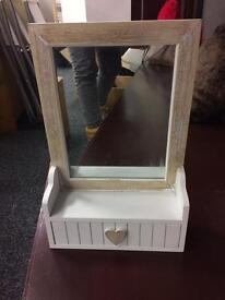 Mirror with draw