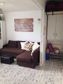 1 Bed flat (furnished) / bright, spacious and recently renovated / between Angel and Kings Cross