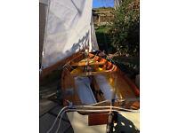 CURLEW Sailing Dinghy - NEW - Percy Blandford Design