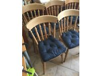 FARMHOUSE SOLID PINE TABLE PLUS 6 CHAIRS