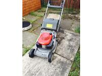Top of the range Honda Self propelled Lawnmower with rear roller and polymer deck