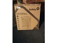 Brand new stair gate any questions please call