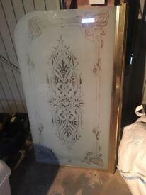 Shower screen gold trim