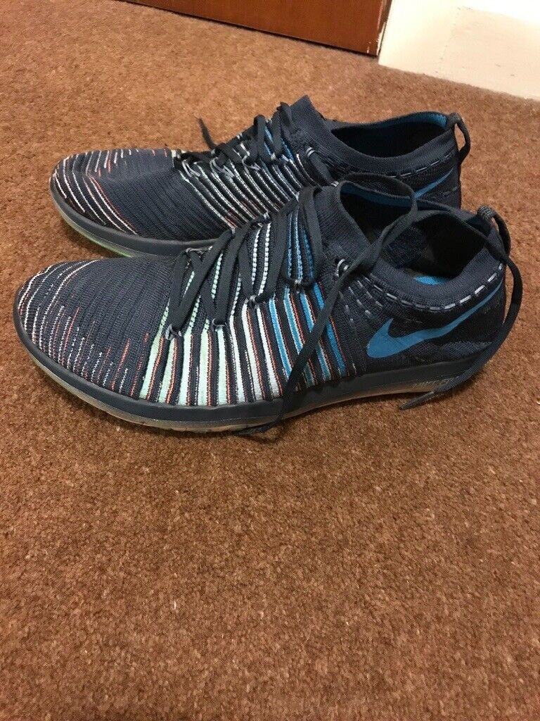 64a858ed713 Nike Flyknit Womens Running Trainers