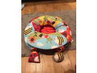 Inflatable baby seat