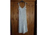 Size 12 M&S floaty summer dress (green/cream)