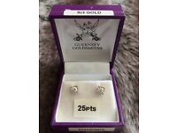 Beautiful 25pts Diamond earrings in 9ct white gold