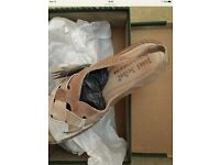 Sandals ladies (size 38/UK 5) NIB