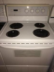 Westinghouse Self Cleaning Stove, FREE WARRANTY