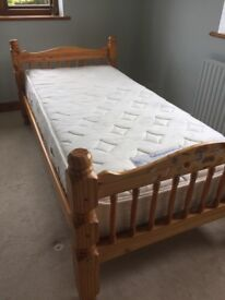 Single pine slat bed