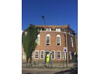 SHIFT MANAGER/RECEPTIONIST VACANCY (FULL-TIME) FOR A BUSY HOSTEL IN BRIGHTON