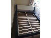 Italian Style Faux Leather Bed Frame King size - L 237 cm x W 172 cm x H 77 cm