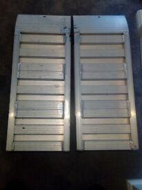 Vehicle loading ramps, aluminium