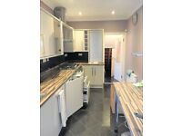 AMAZING 3 BEDROOM FAMILY HOME TO RENT IN MANOR PARK #Ref0099