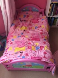 Peppa Pig Toddler Bed with mattress and bedding