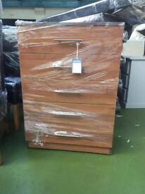 5 Drawer Chest of drawers Walnut