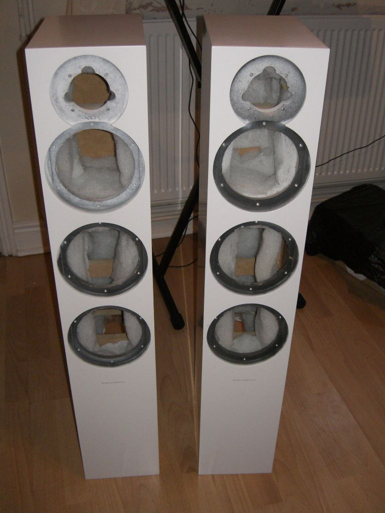 B&W CM8 SPEAKER CABINETSin Sheffield, South YorkshireGumtree - Selling these B&W CM8 cabinets which I aquired a while back. The drivers were taken and used on a custom art work project and were meant to go back in the cabinets but mysteriously disappeared. One tweeter remains which was initially dented but has...