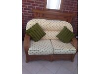Conservatory Furniture for Sales. Sofa plus 2 armchairs. Very good condition.
