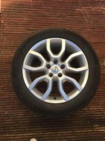 17 inch Volvo 5 Stud Alloy wheels fitted with 4 x Continental 225/50/R17 Tyres