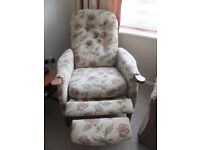 STYLISH RECLINING ARMCHAIR RRP£555 EXCELLENT CONDITION MADE IN UK COLLECTION ONLY WALDERSLADE KENT