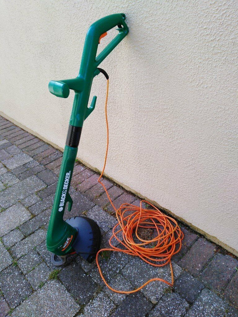 Black and Decker Electric Strimmer | in St Clears, Carmarthenshire | Gumtree